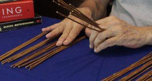 Como Consultar o Oráculo do I Ching Utilizando Varetas - Tutorial